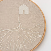 embroidery-circles-with-roots-1-detail