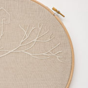 embroidery-circles-with-roots-3-detail